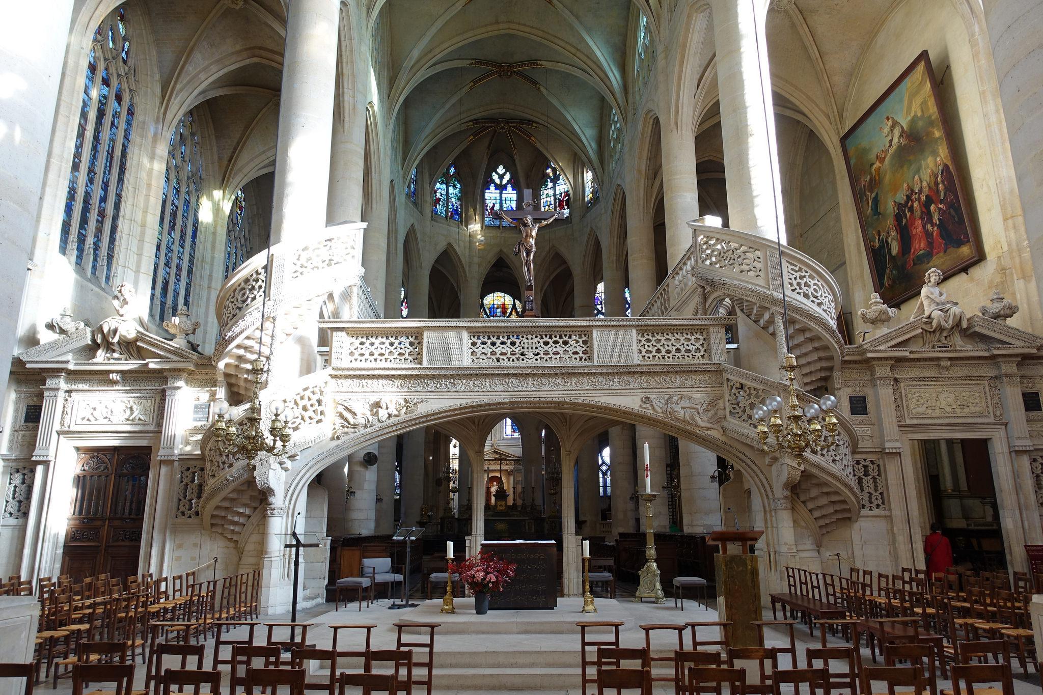 église saint-etienne-du-mont de paris<